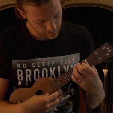 a-la-une-d-chevalier-ukulelr