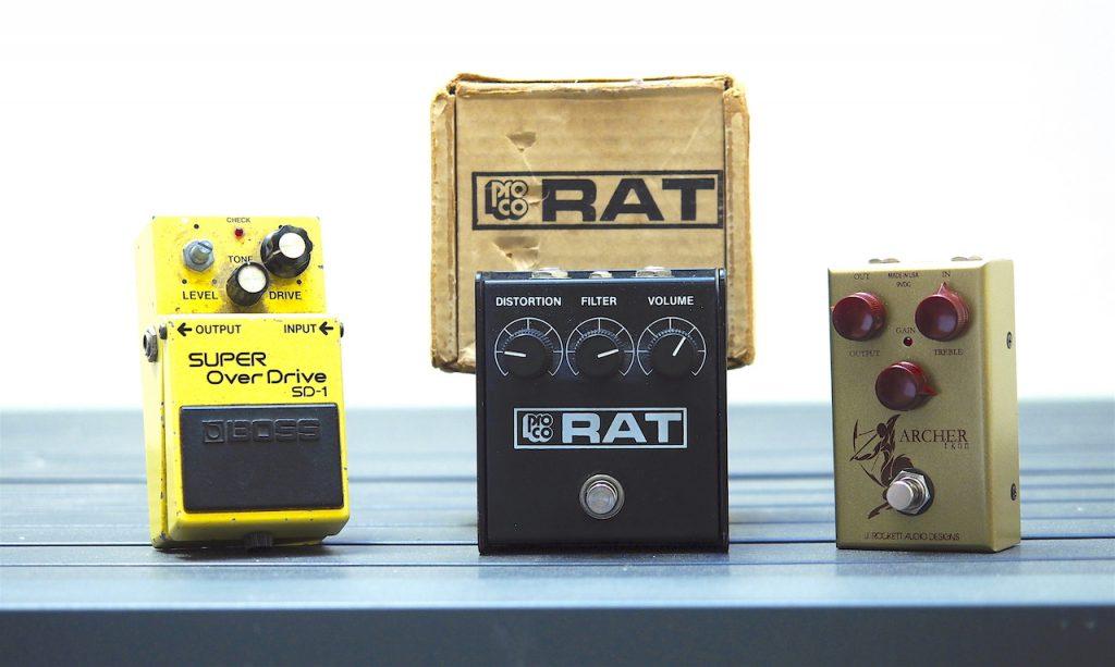 Trois références dont l'une porte le poids des ans, ce qui n'enlève rien à ses qualités sonores !