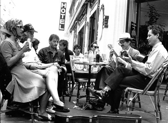 """Avec Robert Crumb (Montmartre) © Bernard """"Savoïa"""" Ailloud"""