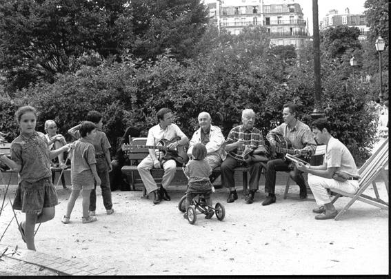 """Avec Marc Fosset, Stéphane Grappelli, Maurice Cullaz et Jean-Philippe Viret (square Anvers) © Bernard """"Savoïa"""" Ailloud"""
